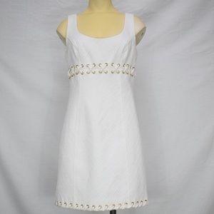 Laundry ShelliSegal | White Laced Zippered Dress 4